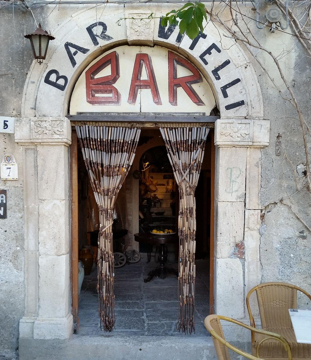 Bar Vitelli, Sicilia