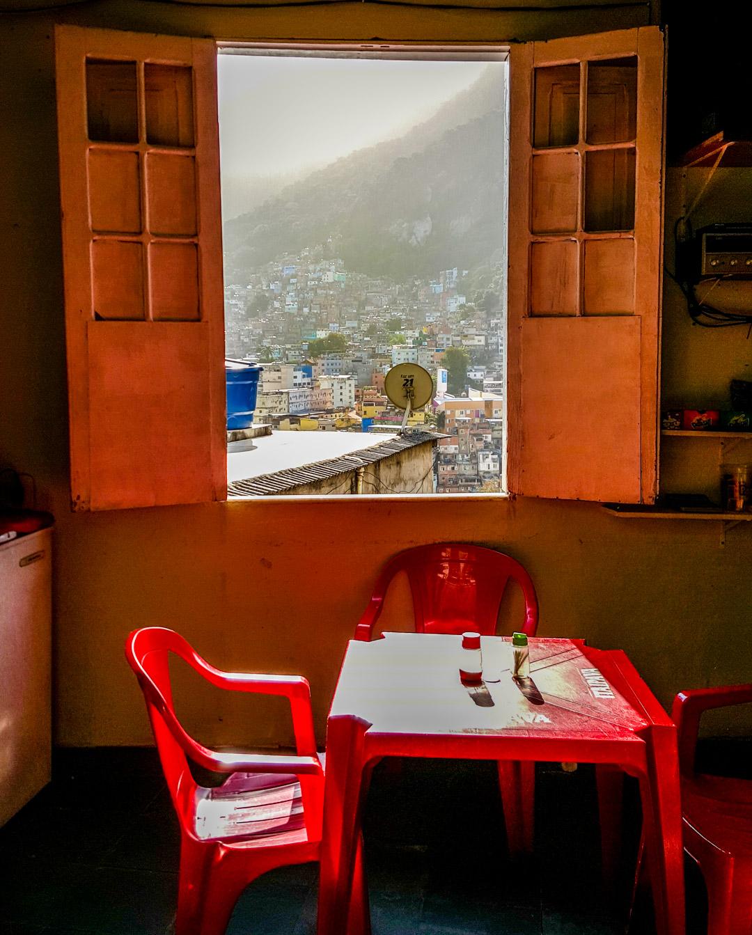 Pub i Rocinha-favelaen i Rio de Janeiro