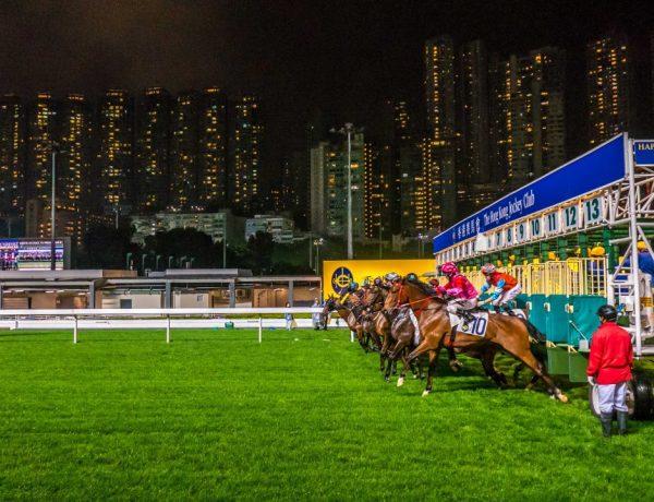 På gamblerkjøret i Hong Kong