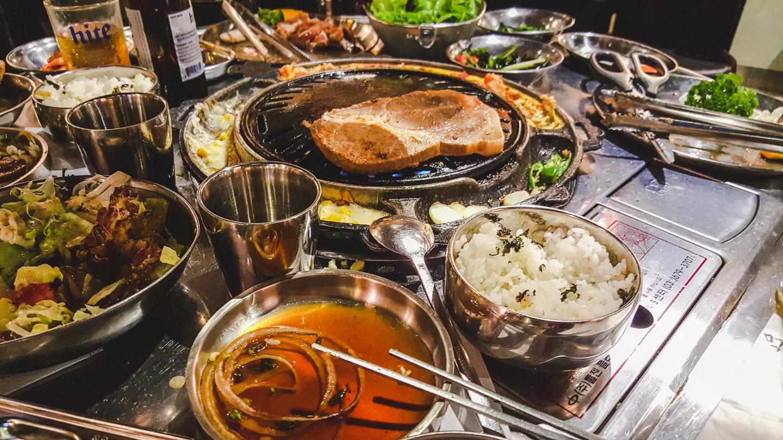 Mat i Hong Kong.