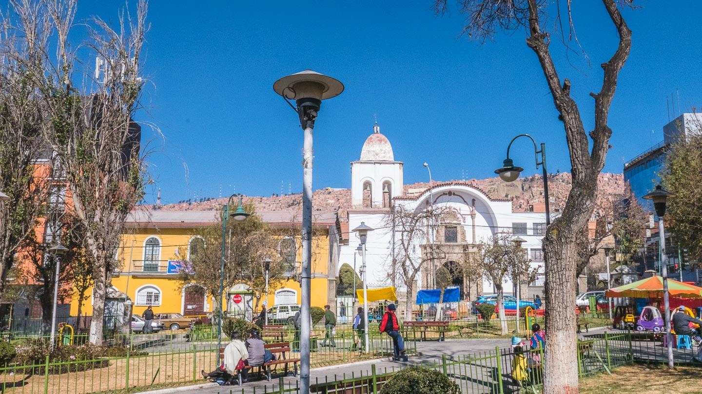 Plaza de San Pedro, La Paz, Bolivia