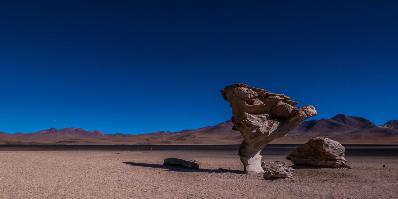 Salvador Dalí rock Atacama