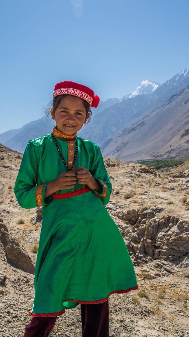 Lokal jente, Wakhan-korridoren, Pamir Highway, Tadsjikistan