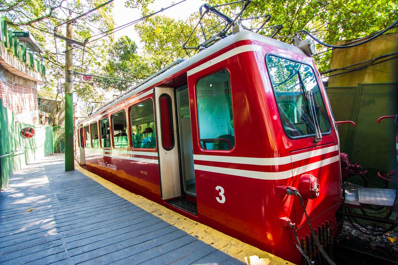 Toget opp til Corcovado