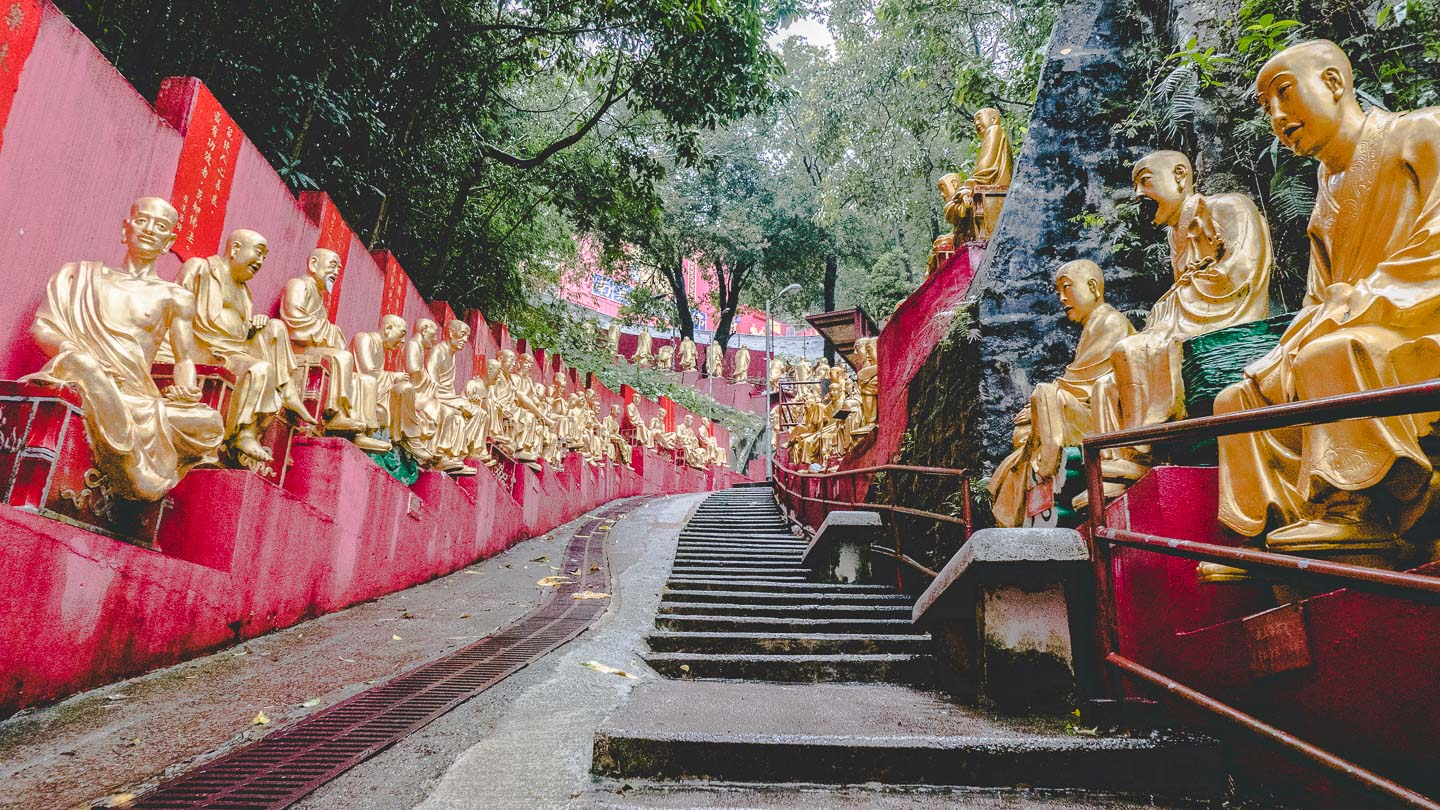 Ten Thousand Buddhas, Hong Kong