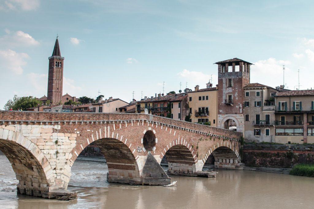 Ponte Pietra i Verona.